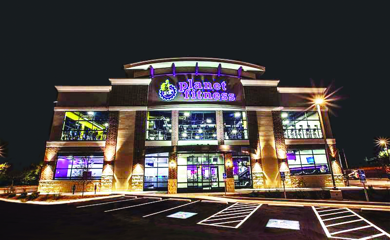 Planet Fitness Exterior | Poettker Construction